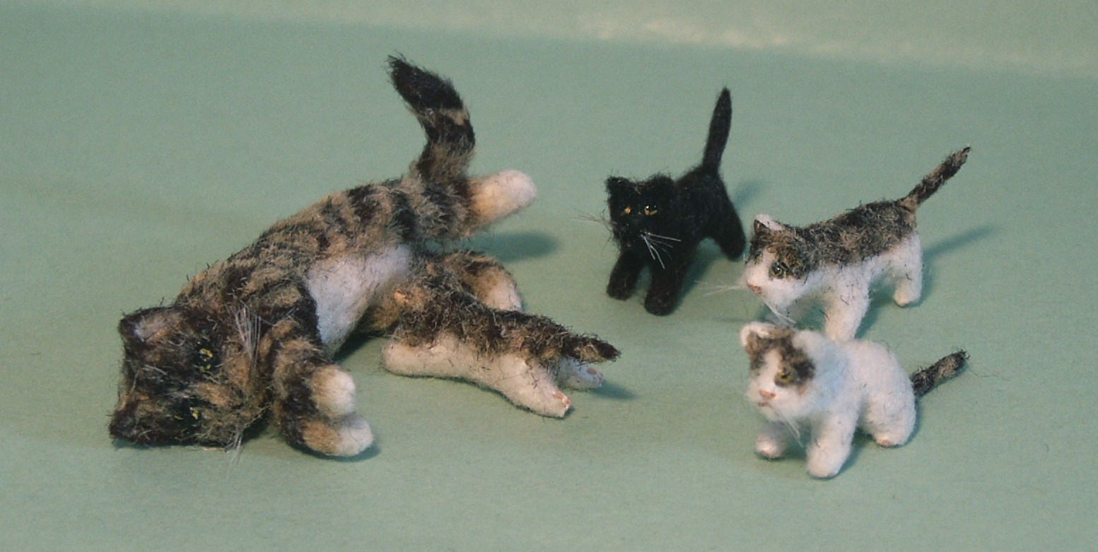 Dolls house fur cat and kittens