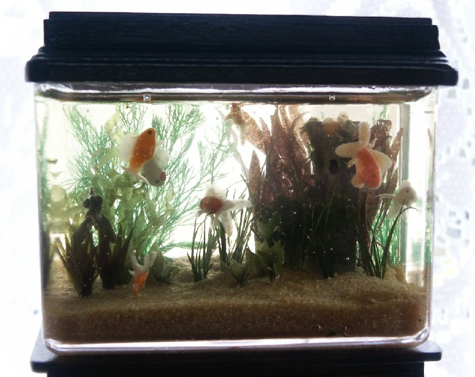 Miniature aquarium for the dolls house