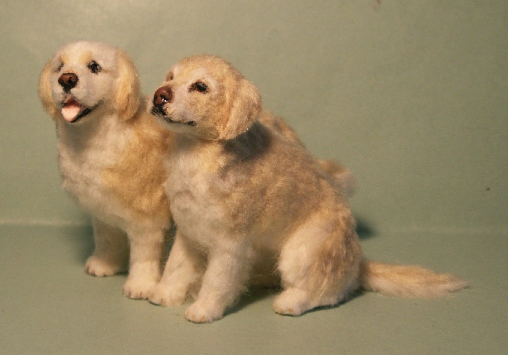 Golden retrievers for the dolls house